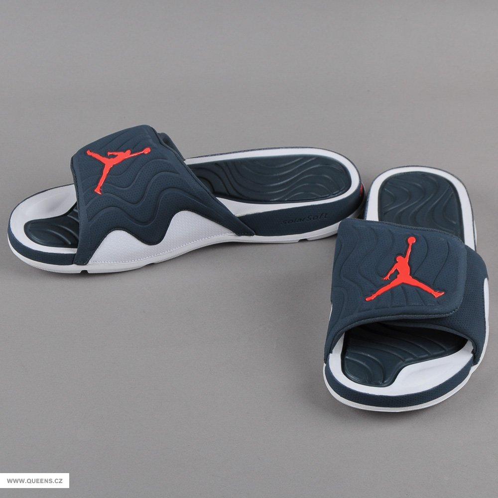 první várka pantoflí air jordan k dostání na queens the ...